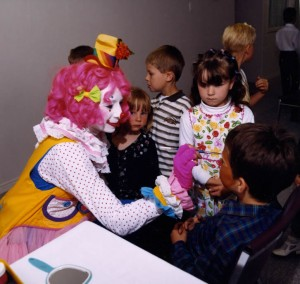 Tickles Clown Birthday Parties Victoria BC Canada, Vancouver BC, Nanaimo BC, Parksville, Ladysmith,